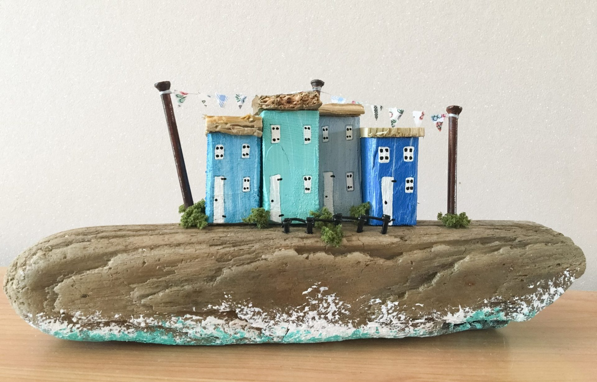 Keepsakes for anyone who loves the sea and its treasures.Drifting DownTime by Nicola Furbisher: Finding driftwood, sea glass and beach pottery on the tideline and transforming them into artworks, sculptures and jewellery.