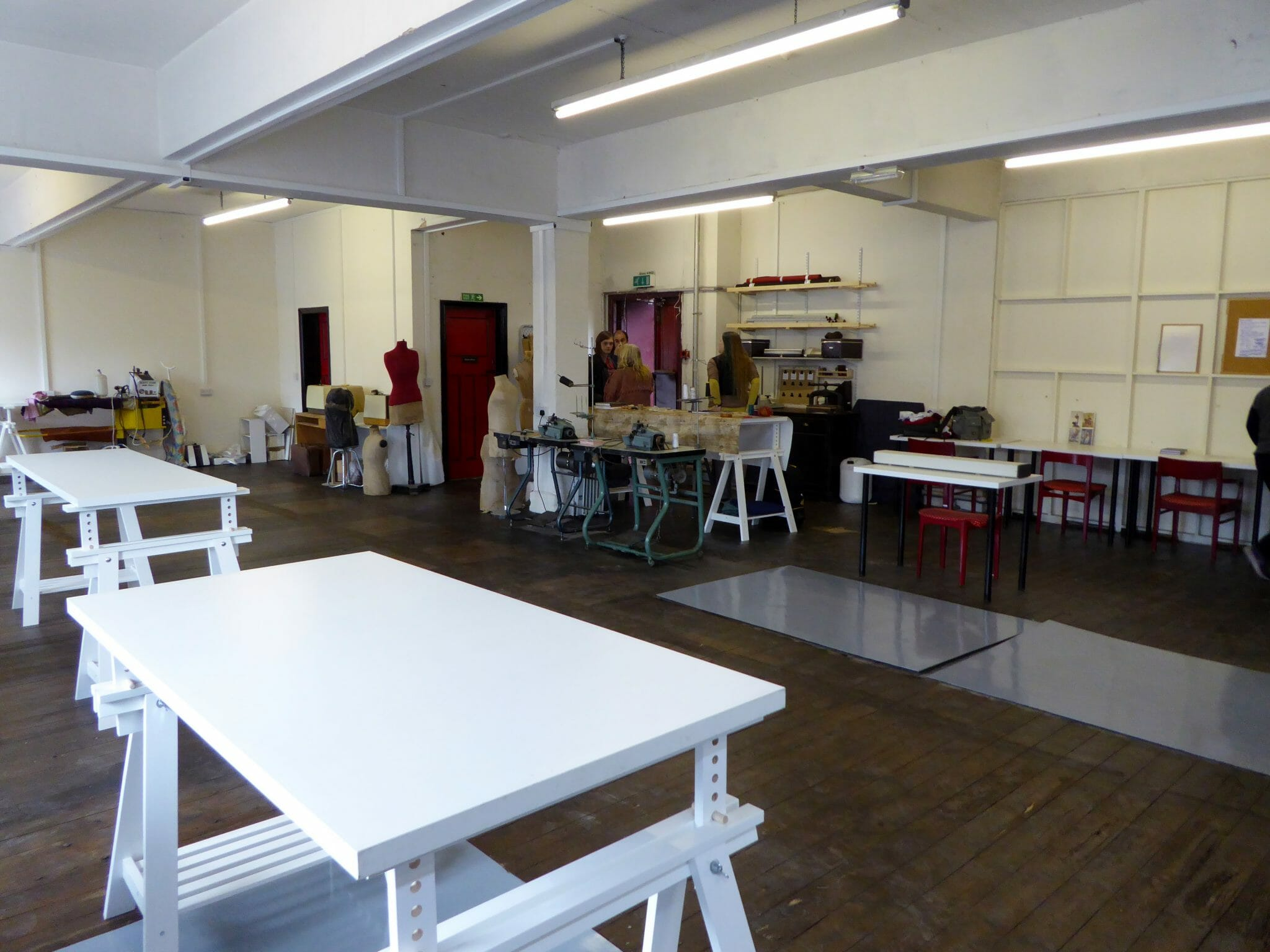 Permanent Sewing Workspace to rent in Leeds City Centre Are you looking for a space to run your creative business ? As well as our ad hoc machine, cutting table and iron rental we offer a permanent pod space for local crafts and textile business and fashion designers.