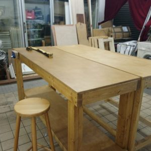 Craft workshop with benches to rent in Leeds city centreWe offer ad hoc & permanent use of our benches for woodwork, leatherwork, metalwork and messy crafts